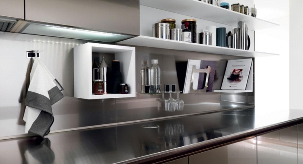 MAGNETOlab: il sistema che combina schienali ed accessori magnetici per la tua cucina